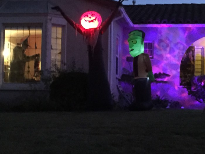 Nothing like an awesome Halloween display
