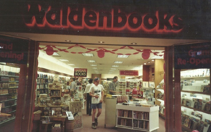 *My favorite bookstore as a kid back in the early-mid '90s
